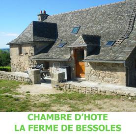 Peu après Golinhac, la ferme de Bessoles reçoit les pèlerins en route sur le chemin du Saint Jacques de Compostelle. La ferme de Bessoles est situé à 400 mètres du chemin, peu avant Campuac.