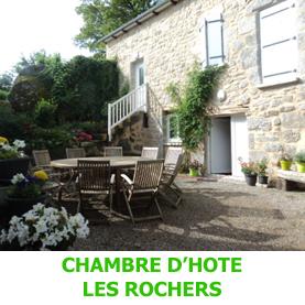 Au coeur du Bourg de Golinhac, la chambre d'hôte les Rochers est idéalement placé pour acceuillir les pèlerins du Saint Jacques de Compostelle