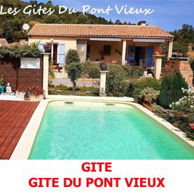 A Espalion la piscine du gite du Pont Vieux est un endroit de détente notament pour les pèlerins du Saint Jacques de Compostelle