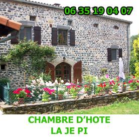 Entre Saint Privat d'Allier et Monistrol d'Allier, la chambre d'hôye La Je Pi est situé le charmant hameau de Pratclaux sur le chemin du Saint Jacques de Compostelle