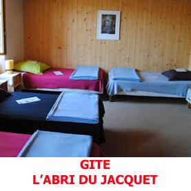 L'abri du Jacquet, gite d'étape, offre l'hospitalité aux pèlerins en route sur le chemin du Saint Jacques de Compostelle.