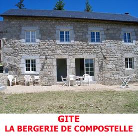 La bergerie de Compostelle à la Roche, non loin de la chapelle Saint Roch, reçoit les pèlerins du Saint Jacques, dans un cadre reposant.