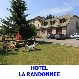 L'Hôtel, La randonnée situé à 500 mètres du village de Nasbinals accueille les pèlerins en coute vers Compostelle. Hôtel deux étoiles