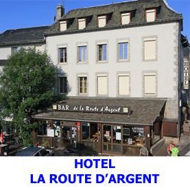En plein coeur de Nasbinals, l'hôtel la route d'Argent est idéalement placé pour acceullier les pélerins en route vers Compostelle, ayant choisit ce mode d'hébergement.